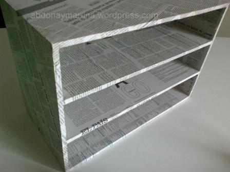 Caja De Madera Forrada Con Papel De Periódico Abdona Y Martina