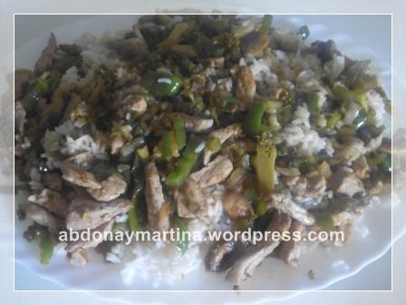 arroz con salsa teriyaki